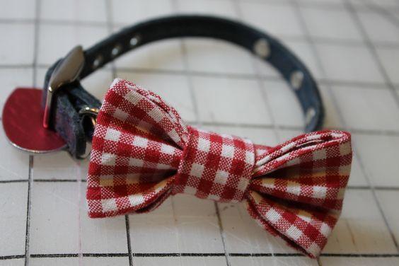 Fat Quarter Friday: Dog Bow Tie | Awaiting Ada