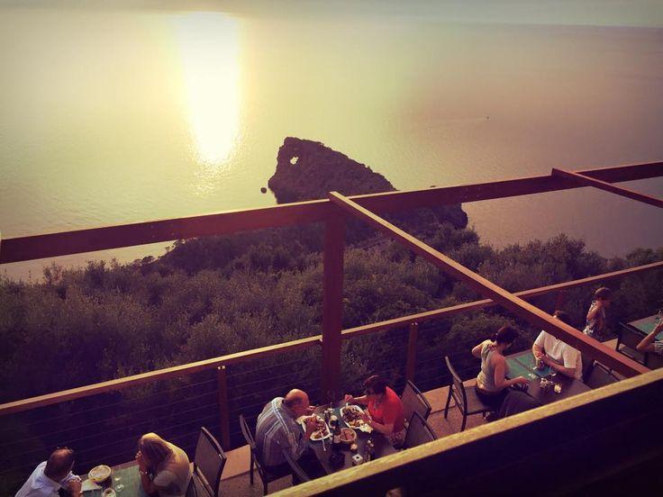 Mirador de Sa Foradada, Mallorca - Estos beach bars se merecen un atardecer en las Islas Baleares