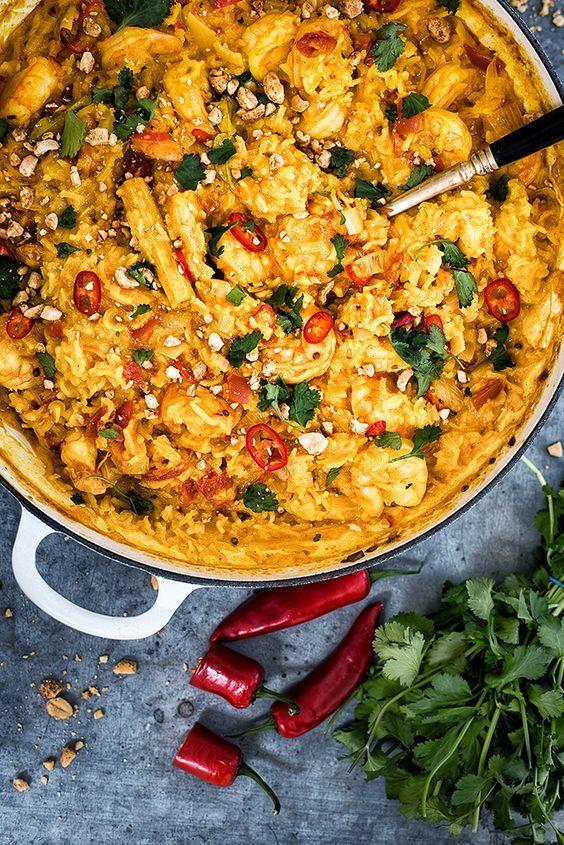 Aromatic Vietnamese One-pot Shrimp Curry | supergolden bakes