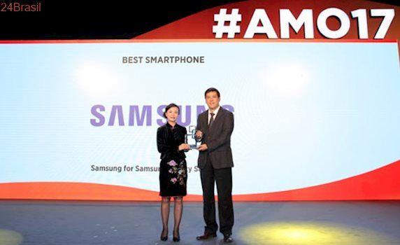 Samsung Galaxy S8 e S8+ vencem prêmio de melhor smartphone na MWC Xangai
