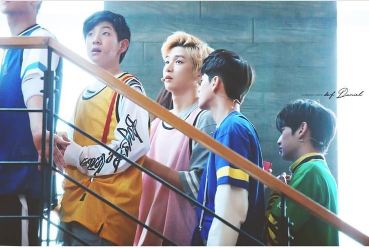 Lee Woojin (이우진), Kang Daniel (강다니엘), and Ong Seongwoo (옹성오)