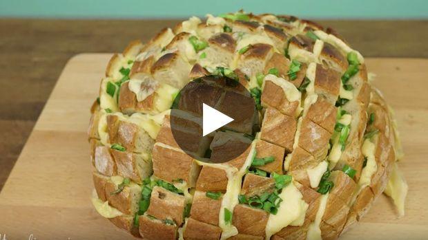 Achtung, spezielles Rezept für alle großen Feinschmecker und Liebhaber von ein wenig Fettigem! Dieses mit Käse und...