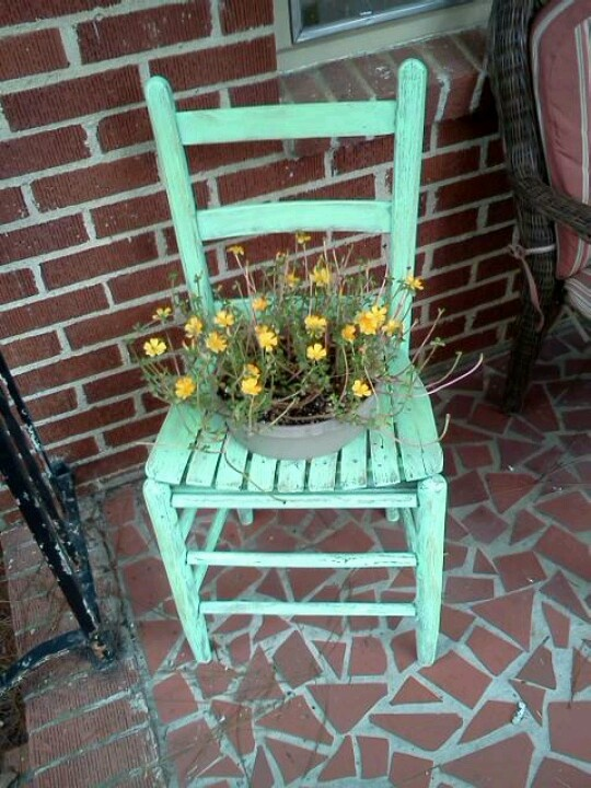 1000 Images About Garden Chair Planters On Pinterest
