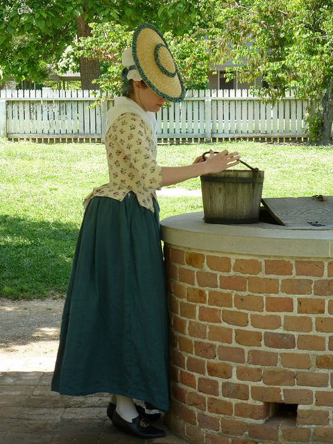 Colonial Williamsburg by Fashionable Frolick, via Flickr