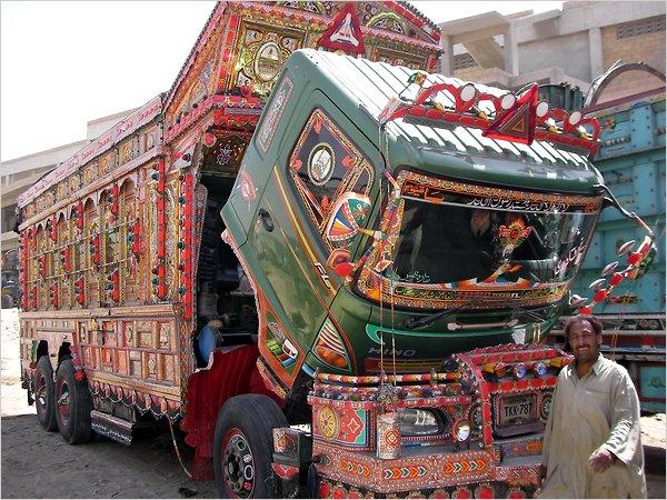 25 Best Images About Pakistani Decoratid Trucks On