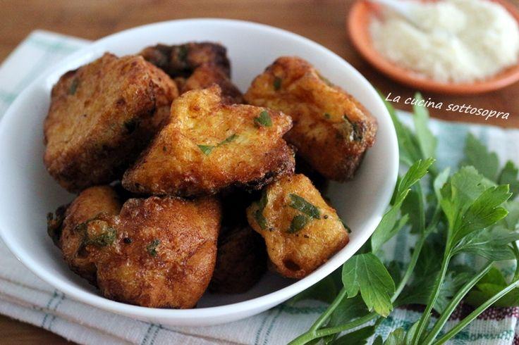 Frittelle+di+pane+raffermo+-+ricetta+del+riciclo