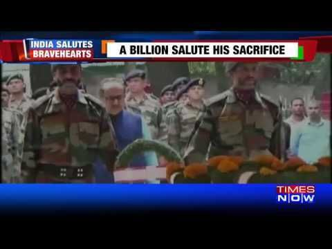 Nation Salutes Bravehearts Martyred In Shopian Encounter https://t.co/YVfN6tlHOk #NewInVids https://t.co/uJej2Eag2p #NewsInTweets