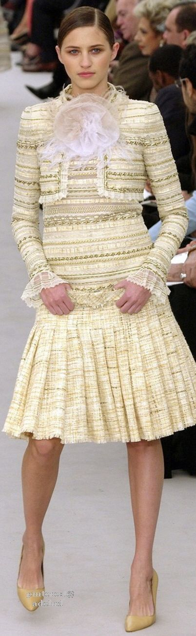 Chanel Spring 2004 Couture