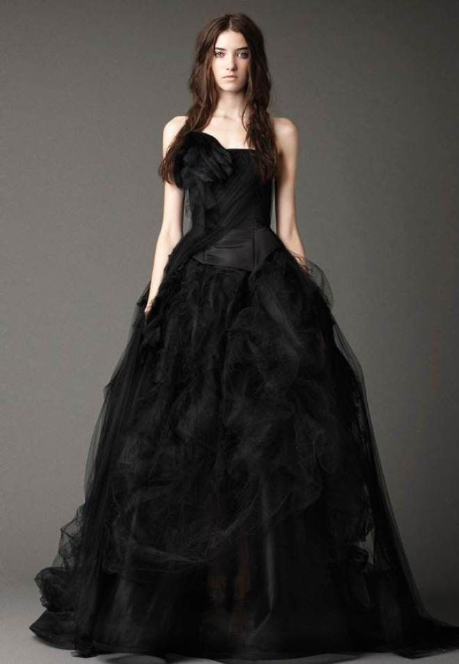 Black and white wedding dress meaning wedding women for Black wedding dresses meaning