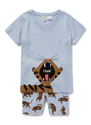 100% Cotton 1x1 Rib short sleeve pyjamas featuring tiger placement print on tee. Bottoms feature all over tiger yardage print.