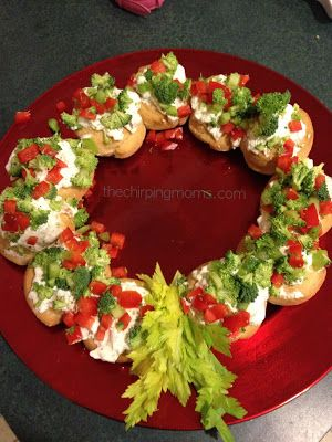 Veggie Dip and Bread Wreath.  Fun Appetizer for the Holiday Season.