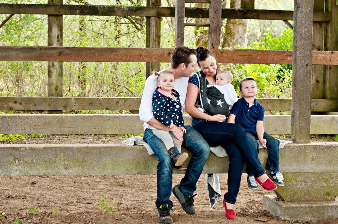 Cute Outdoor Family Portraits at the Derby Reach Barn by Breanne de Bliec   Two Bright Lights :: Blog