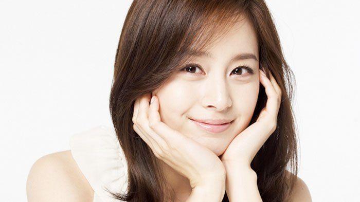 Kim Tae Hee - 6 Fakta Menarik Calon Istri Rain, Paket Lengkap Cantik dan Cerdas