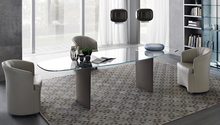 Ala Glass Table with Opera Dinner Chair