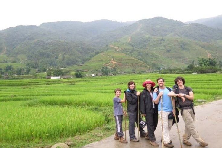 Traveling to Vietnam is becoming more and more attractive to family with kids, especially, to family with teenagers as this country offers peaceful atmosphere, beautiful sceneries, interesting tour activities, iconic beaches as well as diversified but unique cultures