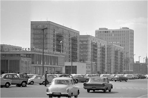 Cafe Moskau in Ostberlin, Mitte der 60er Jahre
