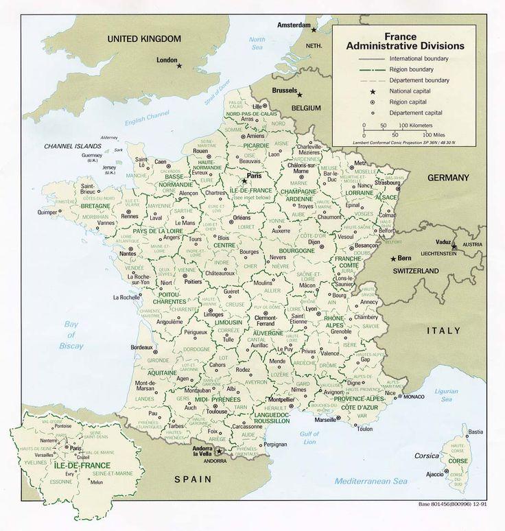Carte de France administrative découpées en régions et départements avec chefs-lieux