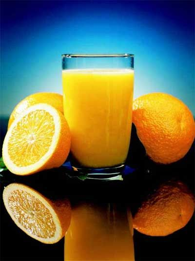 Orange juice. And add a few drops of tobasco sauce.  The heat makesyour sinuses lossen up. Old trick my bro would always do