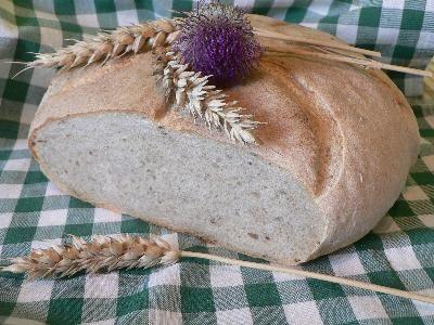 Kváskový kmínový chléb