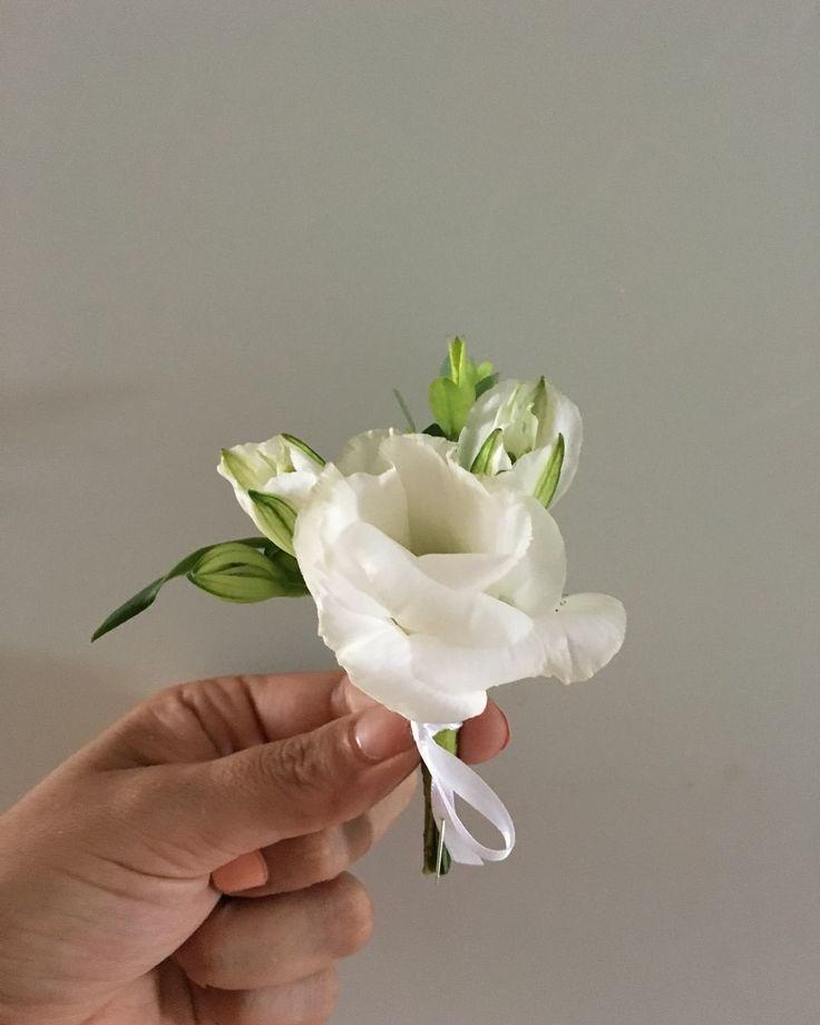 CBB234 wedding riviera maya white boutonnière