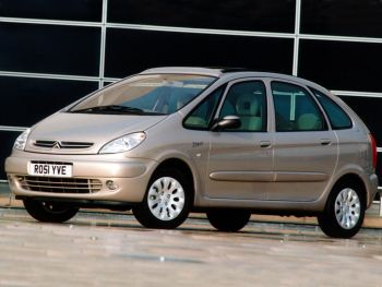 Citroën Xsara Picasso UK-spec '1999–2004