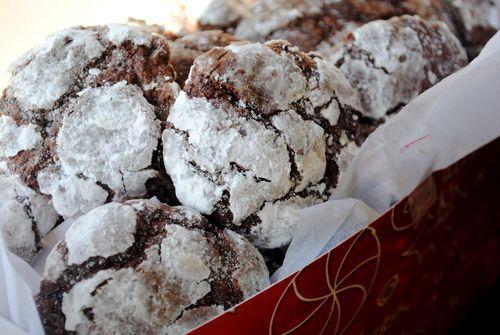 Minty Chocolate Crackle Cookies | Dessert | Pinterest