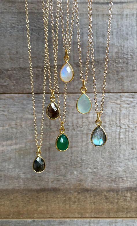 Winzige Edelstein Halskette, Mondstein Halskette, Labradorit Halskette, Meer grün Chalcedon Halskette, Quarz Schmuck, Lünette Set Halskette