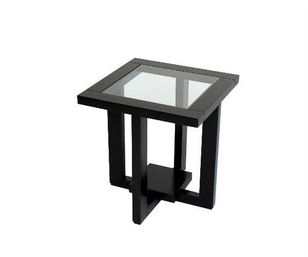 Mesa auxiliar, marco en madera que contiene un vidrio traslúcido, dejando ver la estructura envolvente que sostiene la superficie. Materiales: vidrio, perillo y roble oscuro.