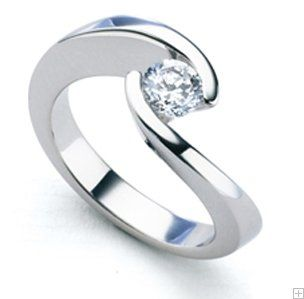 Sortija oro blanco con diamante