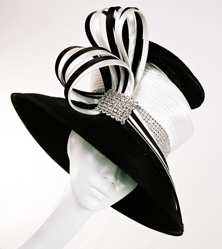 Black/white Church hat