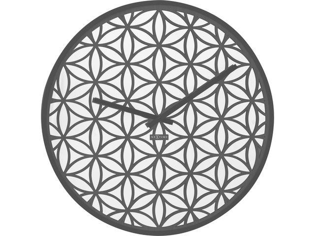 Nextime Bella Mirror grijs wandklok 50cm  Dit is een houten klok met een bloemen patroon die erin is gelazerd wat een oosters gevoel geeft. Deze prachtige en geavanceerde klok past ieder interieur.  EUR 130.95  Meer informatie