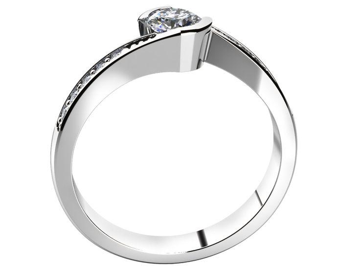 Tento jedinečný zásnubní prsten vyniká svým přívětivě zaobleným tvarem. Přepychový vzhled je zaručen vsazením jedenácti třpytivých kamenů.
