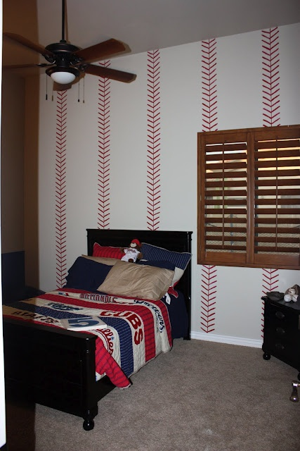 if i 39 m not brave enough to paint curved baseball stitches straight lines look classy too. Black Bedroom Furniture Sets. Home Design Ideas