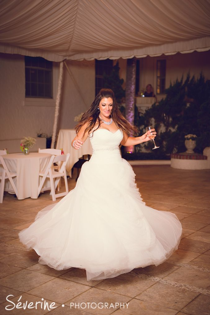 b7ff1da0cc16bf296b546b0cb7353866 - beach wedding make up