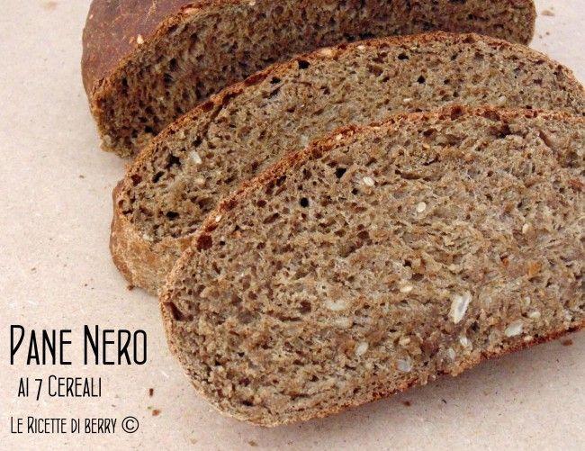 Il pane nero ai 7 cereali è un tipo d pane molto gustoso, perfetto per le bruschette o da mangiare da solo. Provatelo con un filo d'olio extravergine,
