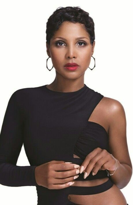 The lovely Toni Braxton!  www.kerlagons.com