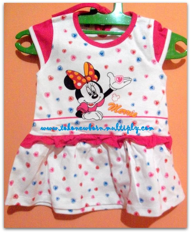 Baby Vi Minnie Mouse Dress  Ukuran: 6-12 months  Bahan : Cotton/Katun  Pilihan warna : Biru,Pink dan Merah