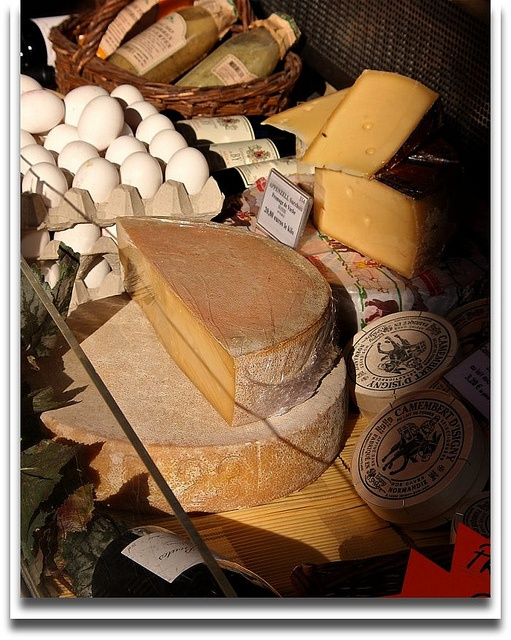 Cheese shop on the rue Cler, Paris #food