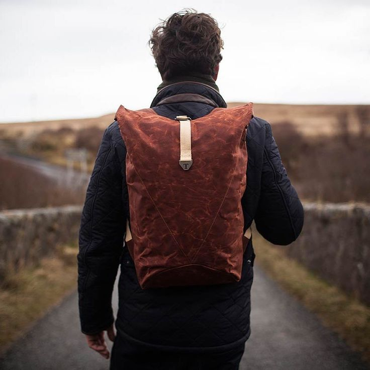 The Glasgow based brand @trakkebags has teamed up with @jura_whisky to create a limited edition backpack inspired by the whisky and its island home. #style #fashion #menswear #collaboration #backpack #bag #accessories #glasgow #scotland #trakke #menstyle #mensfashion #fashionable #jurawhisky #limitededition #trakkebags #adventureeverywhere by daanmagazine