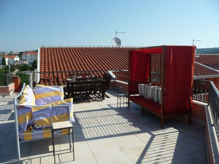 Roof Terrace Apartment 1 - pictures, photos, images