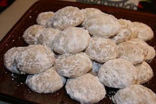 The BEST Mexican Wedding Cookies And SO Easy Happy Cinco De Mayo Recipe