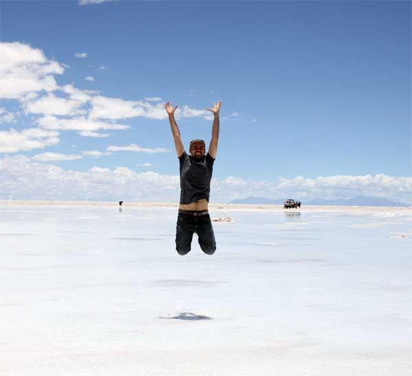 Dans le salar d'Uyuni, le plus grand désert de sel au monde !