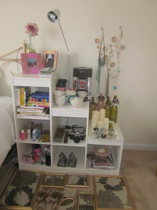 nightstand: Worth Reading, Interior Design, Decor Ideas, I M Obsessed, Books Worth, Craft Ideas, Kids Rooms