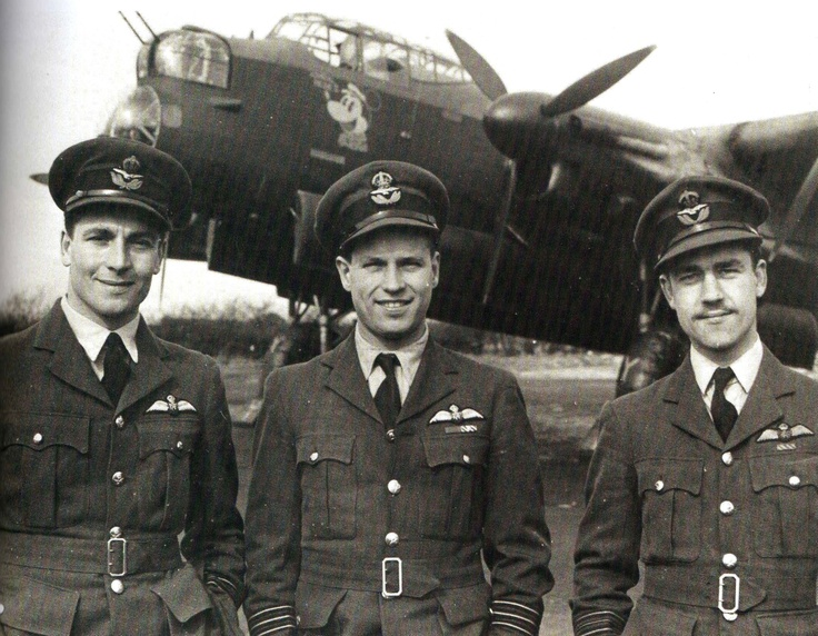 Guy Gibson (centre) during his time as OC 106 Sqn, with John Searby to the left and Peter Ward-Hunt. Searby flew as Master Bomber on the August 1943 Peenemunde Raid - - RAF - Dambusters
