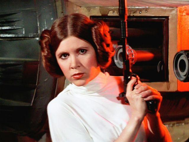 Prinses Leia is de tweelingzus van Luke Skywalker.