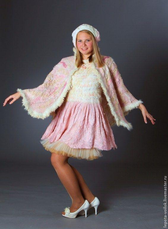 """Купить Пелерина из валяной шерсти """"Яблони в цвету"""" - бледно-розовый, однотонный, пелерина, накидка на плечи"""