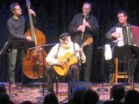Theodore Bikel sings a Russian folk song at the Freight and Salvage.