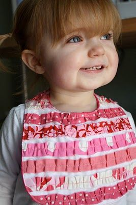 Ruffle Bib: Diy Ruffles, Ruffles Bibs, Ruffle Bibs, Options Sewing, Full Tutorials, Bibs Tutorials, Baby Bibs, Sewing Crafty, Baby Stuff