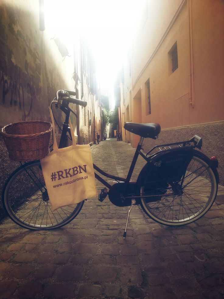 Polish social campaign Rakoobrona (Cancerdefence) in #Pesaro.