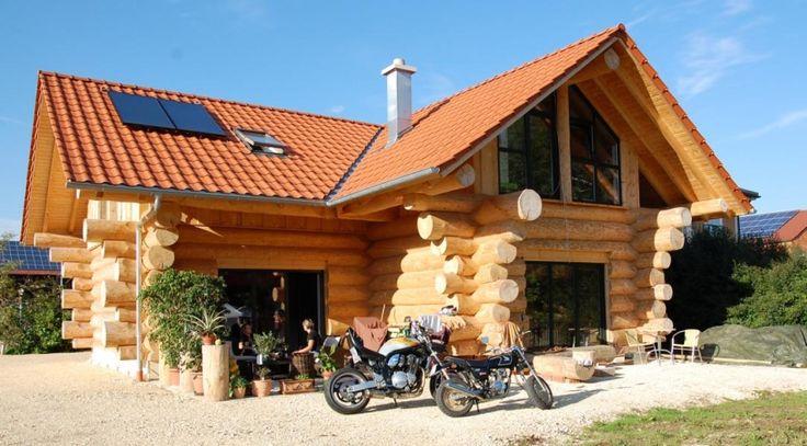 Ein tolles Blockhaus / Naturstammhaus produziert und